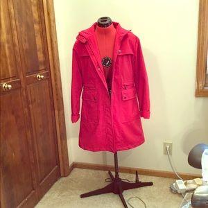 Woman's mid/lite coat